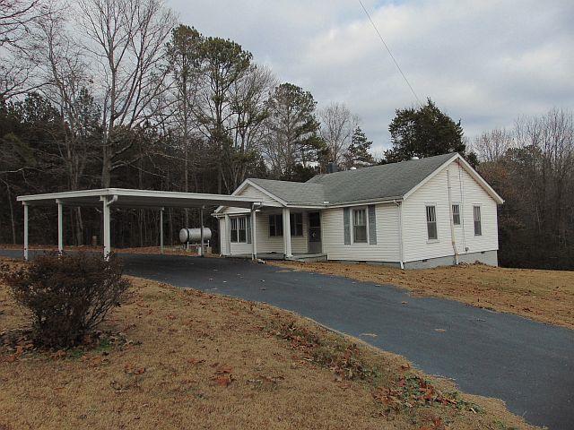 517 Johnson Rd, Chickamauga, GA 30707 (MLS #1271760) :: The Robinson Team