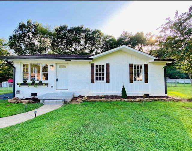 6913 Love Ln, Hixson, TN 37343 (MLS #1323535) :: Keller Williams Realty | Barry and Diane Evans - The Evans Group
