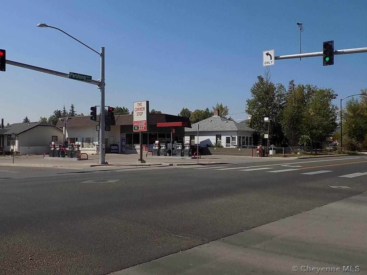 901 Pershing Blvd - Photo 1