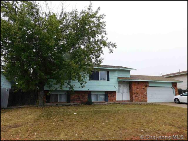 804 Phoenix Dr, Cheyenne, WY 82001 (MLS #73057) :: RE/MAX Capitol Properties