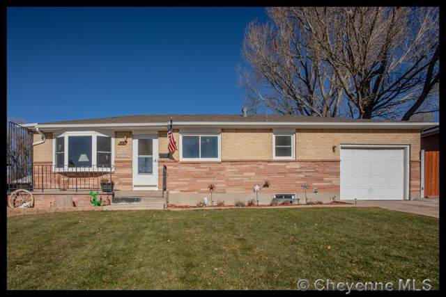 4416 E 8TH ST, Cheyenne, WY 82001 (MLS #76955) :: RE/MAX Capitol Properties