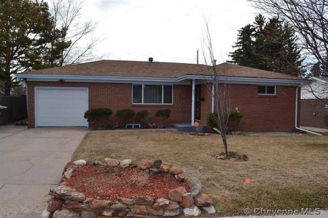 645 Ridgeland St, Cheyenne, WY 82009 (MLS #78090) :: RE/MAX Capitol Properties