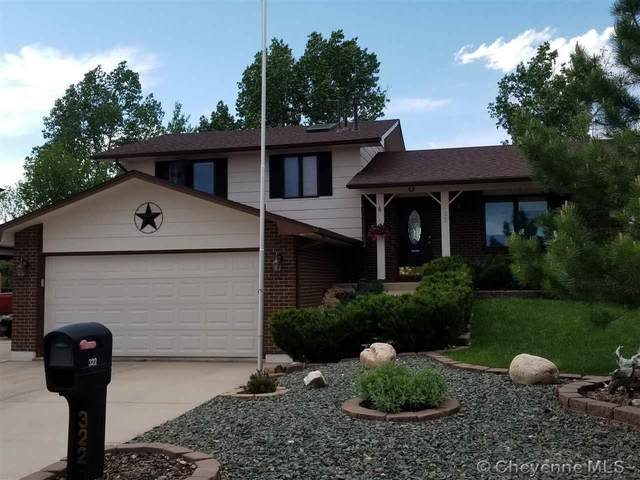 322 Cody St, Cheyenne, WY 82009 (MLS #78851) :: RE/MAX Capitol Properties