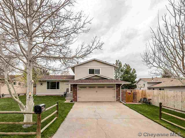2340 Rockcrest Dr, Cheyenne, WY 82009 (MLS #82212) :: RE/MAX Capitol Properties