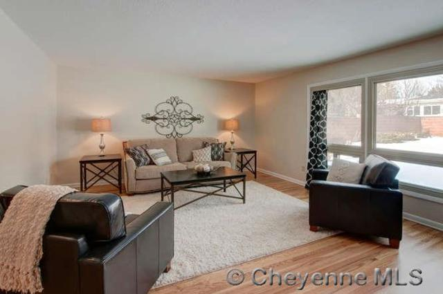 834 Creighton St, Cheyenne, WY 82009 (MLS #68193) :: RE/MAX Capitol Properties