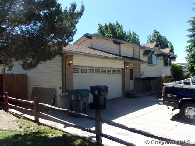 807 Phoenix Dr, Cheyenne, WY 82001 (MLS #78012) :: RE/MAX Capitol Properties