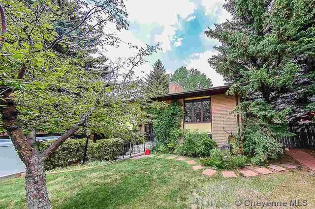 5310 Powderhouse Rd, Cheyenne, WY 82009 (MLS #82408) :: RE/MAX Capitol Properties