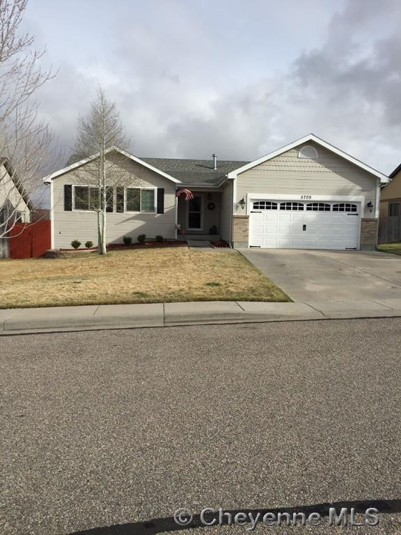 5709 Kennedy Dr, Cheyenne, WY 82001 (MLS #67405) :: RE/MAX Capitol Properties
