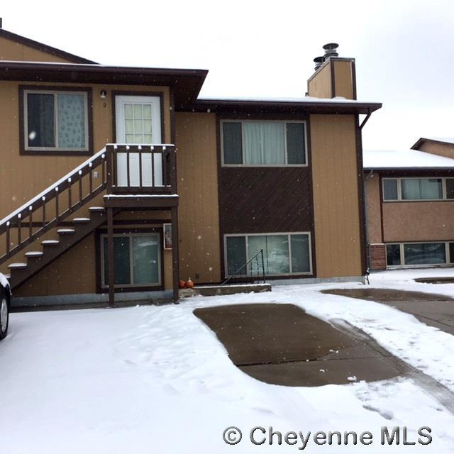1724 Fetterman Dr #4, Laramie, WY 82070 (MLS #67965) :: RE/MAX Capitol Properties