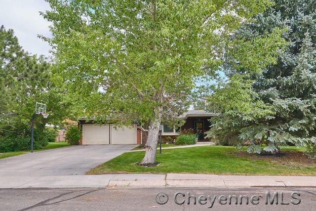 740 Western Hills B, Cheyenne, WY 82009 (MLS #68436) :: RE/MAX Capitol Properties
