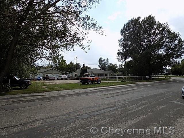 4003 Rock Springs St, Cheyenne, WY 82001 (MLS #68982) :: RE/MAX Capitol Properties