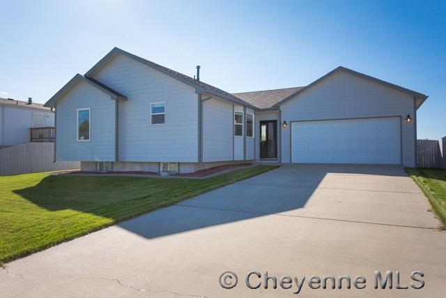 1009 Arcadian Dr, Cheyenne, WY 82007 (MLS #69658) :: RE/MAX Capitol Properties