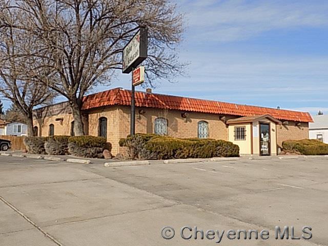 122 W 6TH ST, Cheyenne, WY 82007 (MLS #69936) :: RE/MAX Capitol Properties