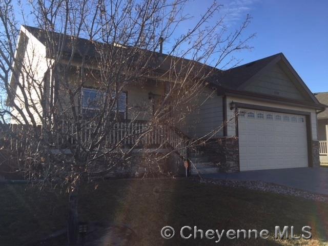1230 Medley Loop, Cheyenne, WY 82007 (MLS #70007) :: RE/MAX Capitol Properties