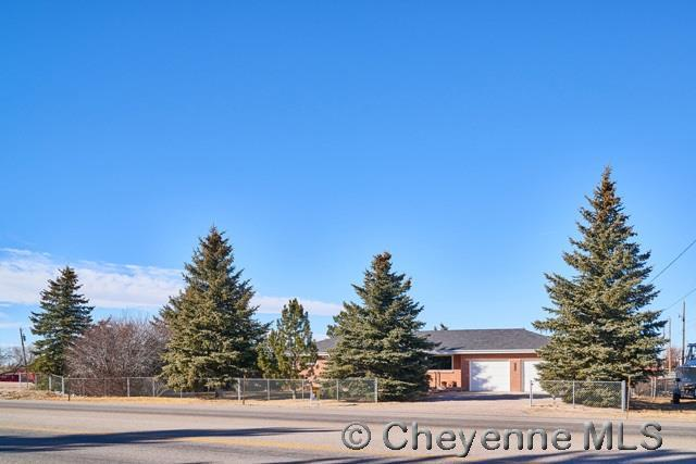 2832 W College Dr, Cheyenne, WY 82007 (MLS #70177) :: RE/MAX Capitol Properties