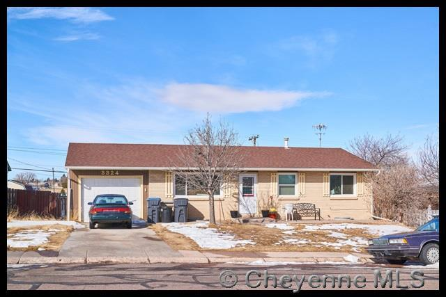3324 Belaire Ave, Cheyenne, WY 82001 (MLS #70736) :: RE/MAX Capitol Properties