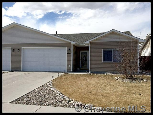 4008 Fillmore Ave, Cheyenne, WY 82001 (MLS #70911) :: RE/MAX Capitol Properties