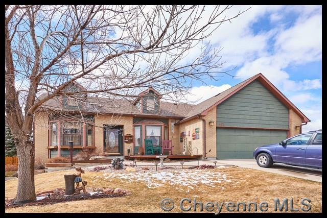 402 Taft Ave, Cheyenne, WY 82001 (MLS #70966) :: RE/MAX Capitol Properties