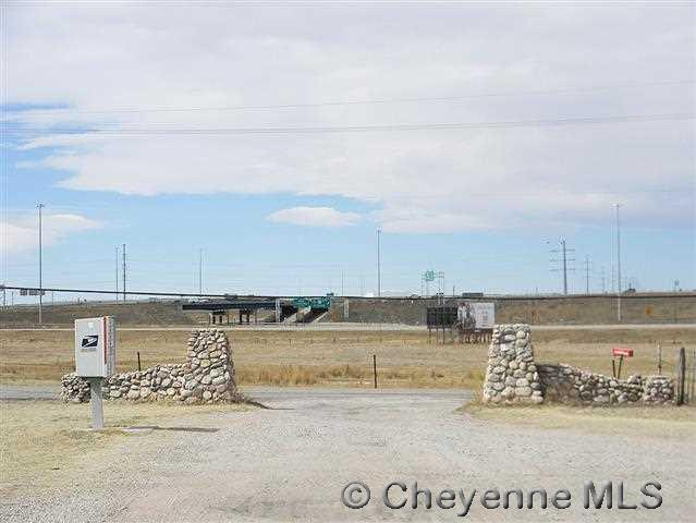 521 Southwest Dr, Cheyenne, WY 82007 (MLS #71103) :: RE/MAX Capitol Properties