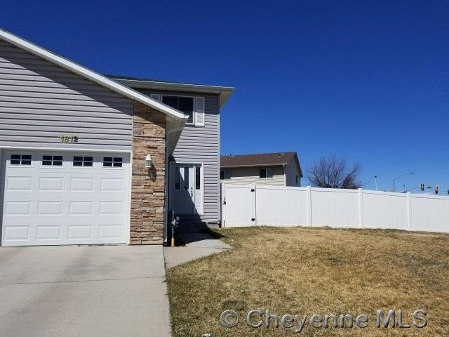 1812 Meadowland Dr, Cheyenne, WY 82009 (MLS #71129) :: RE/MAX Capitol Properties