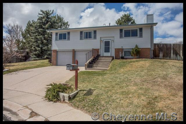 140 Cape Ct, Cheyenne, WY 82001 (MLS #71196) :: RE/MAX Capitol Properties