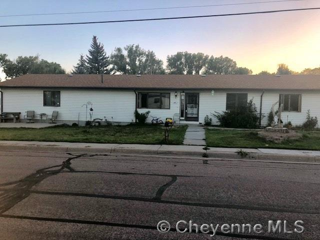 604 Russell Ave, Cheyenne, WY 82007 (MLS #72435) :: RE/MAX Capitol Properties