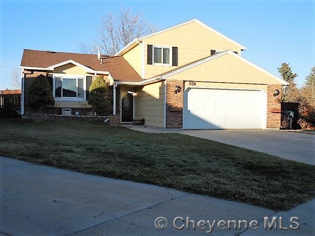108 Briarwood Ct, Cheyenne, WY 82009 (MLS #73486) :: RE/MAX Capitol Properties