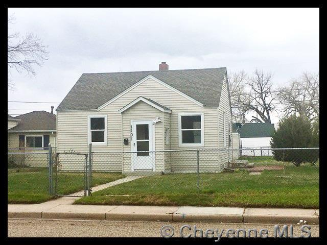 1101 E 7TH ST, Cheyenne, WY 82007 (MLS #74722) :: RE/MAX Capitol Properties