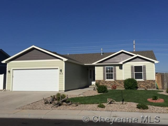 913 Sonata Ln, Cheyenne, WY 82007 (MLS #75370) :: RE/MAX Capitol Properties