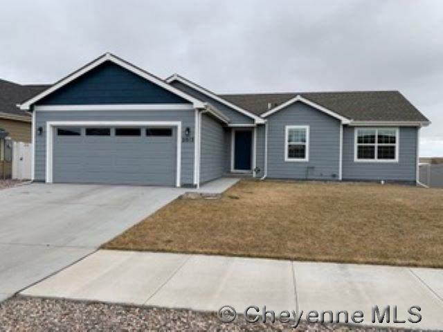 2013 Coffee Ave, Cheyenne, WY 82007 (MLS #80816) :: RE/MAX Capitol Properties