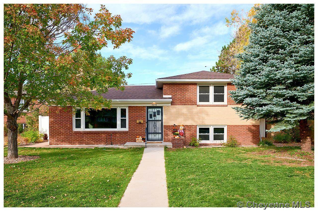 3256 Forest Dr - Photo 1