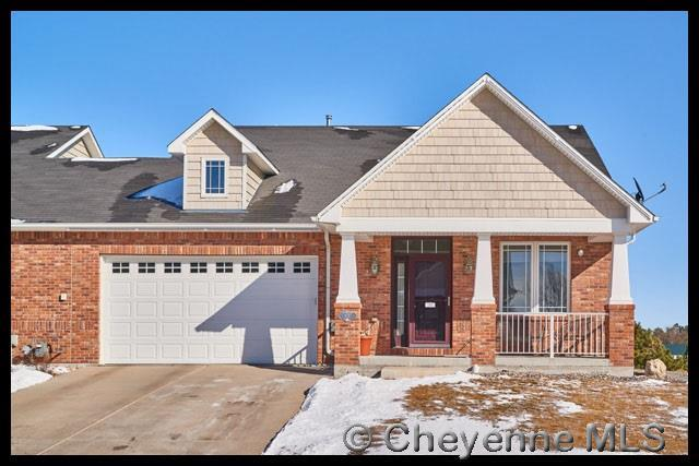 401 Sterling Dr, Cheyenne, WY 82009 (MLS #70646) :: RE/MAX Capitol Properties