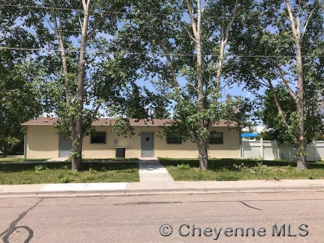 704 Bent Ave, Cheyenne, WY 82001 (MLS #72403) :: RE/MAX Capitol Properties