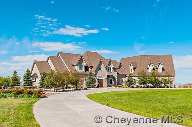 6705 Foxglove Dr, Cheyenne, WY 82009 (MLS #69914) :: RE/MAX Capitol Properties