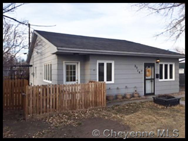 2514 E 10TH ST, Cheyenne, WY 82001 (MLS #70784) :: RE/MAX Capitol Properties