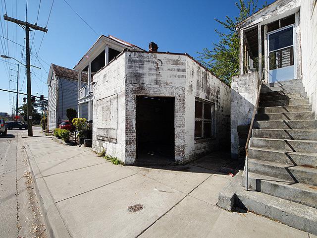 165 President St, Charleston, SC 29403 (#30230361) :: The Cassina Group