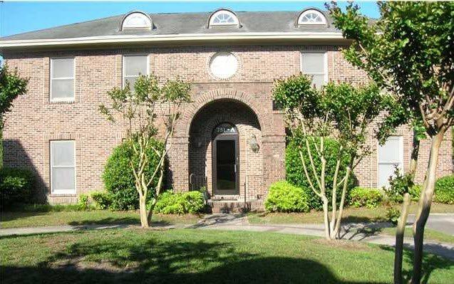 751 Johnnie Dodds Blvd, Mount Pleasant, SC 29464 (#30268189) :: The Cassina Group