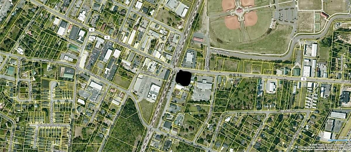 102 And 108 E. Railroad Avenue - Photo 1