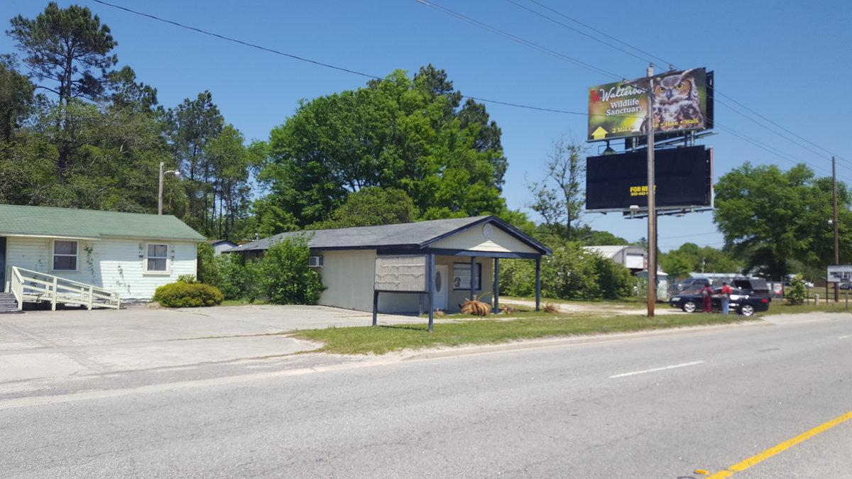 674 Sniders Hwy - Photo 1