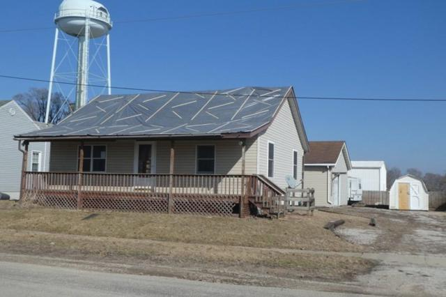 210 S Main, Latham, IL 62543 (MLS #6192253) :: Main Place Real Estate