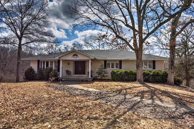 1600 Oakcrest, Mt. Zion, IL 62549 (MLS #6192322) :: Main Place Real Estate