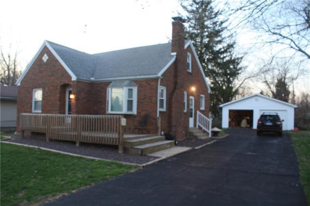 2302 W Center, Decatur, IL 62526 (MLS #6192603) :: Main Place Real Estate