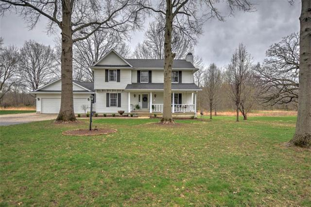 665 W Hickory Point, Forsyth, IL 62535 (MLS #6192686) :: Main Place Real Estate