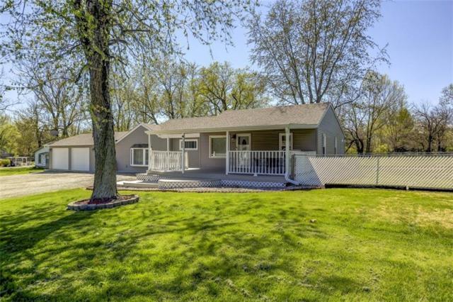 1777 Sunnyside, Decatur, IL 62522 (MLS #6192880) :: Main Place Real Estate