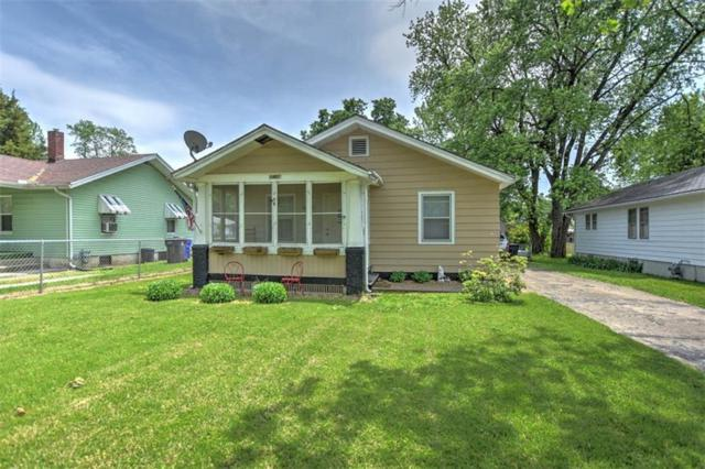 1461 E Johns, Decatur, IL 62526 (MLS #6193668) :: Main Place Real Estate