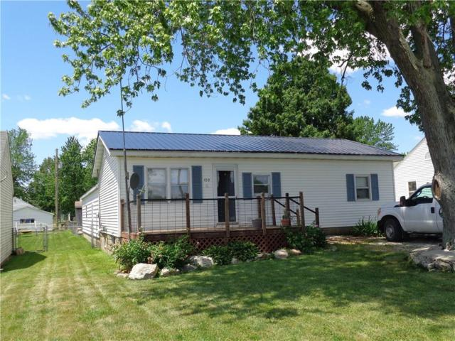 459 S Main, Warrensburg, IL 62573 (MLS #6193835) :: Main Place Real Estate