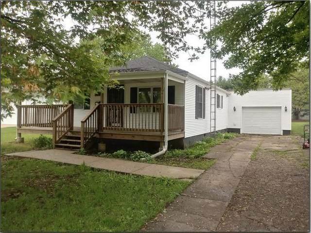 104 S Ohio Street, Tuscola, IL 61953 (MLS #6200624) :: Ryan Dallas Real Estate