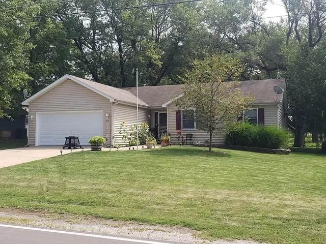 315 W North Street, Warrensburg, IL 62573 (MLS #6205869) :: Main Place Real Estate