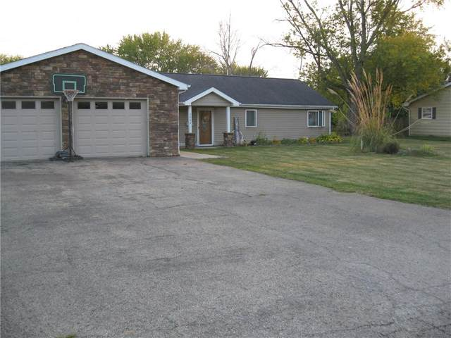 2004 Kimberly Drive, Charleston, IL 61920 (MLS #6206303) :: Ryan Dallas Real Estate