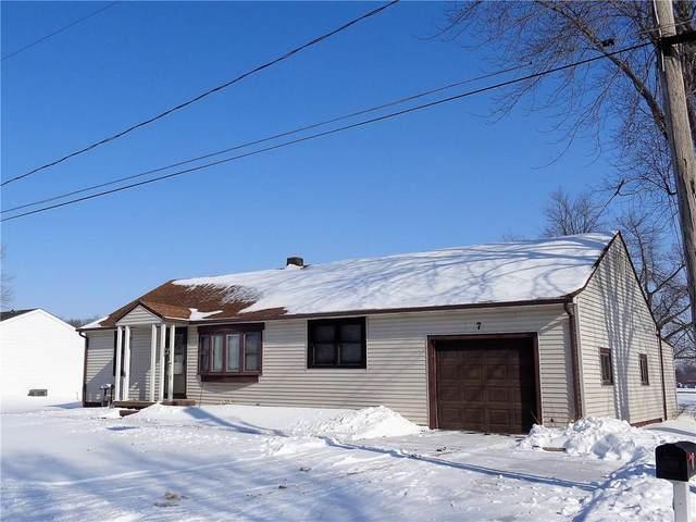 7 Warren Court, Warrensburg, IL 62573 (MLS #6209908) :: Main Place Real Estate